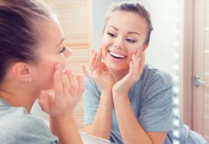 Dermaplaning 'Best Left To The Pros' Says Cosmo